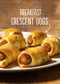 Breakfast just got a whole lot simpler! You know the dinner Crescent Dogs, but did you know the Breakfast Crescent Dogs? So easy with only three ingredients, this one is a keeper for your back pocket.