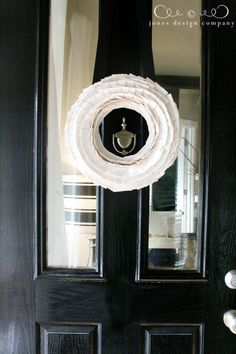 an unconventional diy pleated wreath {made of duct tape!} by Emily from Jones Design Company