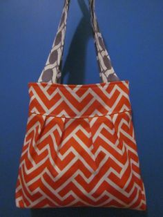 pleated tote made with canvas and duck cloth