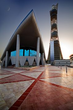 Modern Mosque | A mosque in Doha's Aspire Zone, with the tor… | Flickr