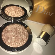 Image uploaded by Find images and videos about beauty, makeup and dior on We Heart It - the app to get lost in what you love. Pretty Makeup, Love Makeup, Makeup Inspo, Makeup Inspiration, Beauty Makeup, Highlighter Makeup, Drugstore Makeup, Makeup Brands, Makeup Products