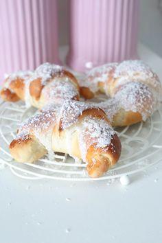 Anne Brith - No Bake Desserts, Dessert Recipes, Sweets Cake, Lemon Curd, Pretzel Bites, Doughnut, Sweet Tooth, French Toast, Easy Meals