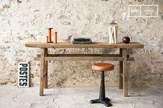 Semplice e di tendenza, questo ripiano mette in evidenza il legno grezzo e le sue venature che gli donano uno spirito unico che ricorda le officine di un tempo. Long Sofa Table, Sofa Tables, Console, Style Vintage, Decoration, Desk, Furniture, Home Decor, Raw Wood