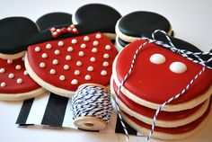 Sweet Goosie Girl: Mickey and Minnie Cookies