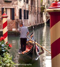 Gondolier, Venice Itally © Brian Jannsen Photography