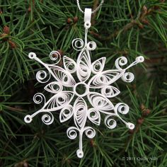 Set of 3 Quilled Snowflake Ornaments in Decorative by QuillyNilly