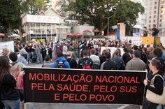 Profissionais da saúde mobilizados contra Ato Médico; veja fotos http://sul21.com.br/jornal/2012/05/profissionais-da-saude-fazem-mobilizacao-nacional-contra-o-ato-medico/    Por Ramiro Furquim/Sul21