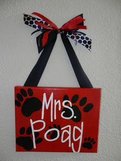 Paw Print Classroom Sign by bethanygetz on Etsy, $25.00