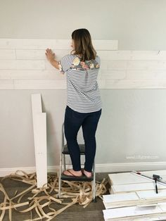 How to install reclaimed wood walls, so easy with the peel and stick shiplap!! Love this easy wall treatment!