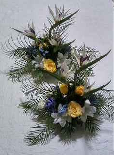 BIRDS OF PARADISE WEDDING Decor by Cole Creations (Tabletop arrangements/back)