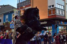Caballo de la escuadra de Salvajes en el desfile de escuadras especiales de ArteFiesta 2014 Punk, Style, Fashion, Savages, Swag, Moda, Fashion Styles, Punk Rock, Fashion Illustrations
