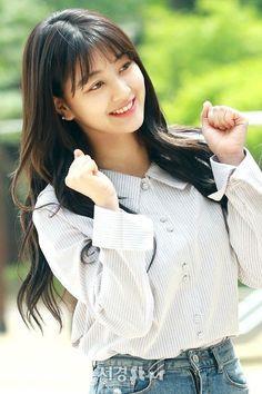 Jihyo Nayeon, Kpop Girl Groups, Korean Girl Groups, Kpop Girls, Asian Woman, Asian Girl, Park Ji Soo, Jihyo Twice, Twice Kpop