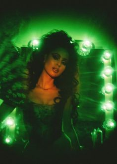 Alexa Demie is living her own Dolce Vita - Galore Dark Green Aesthetic, Bad Girl Aesthetic, Retro Aesthetic, Photo Wall Collage, Picture Wall, Pictures Of Alexa, Green Pictures, Foto Fantasy, Photo Instagram