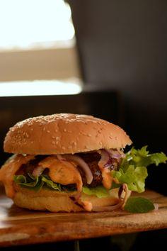 Jamie Oliver's Moroccan Spiced Lamb Burger, Food And Drinks, Jamie Oliver's Moroccan Spiced Lamb Burger – The Spice Adventuress. Lamb Burger Recipes, Burger Patty Recipe, Lamb Recipes, Cooking Recipes, Dinner Recipes, Dinner Ideas, Meat Recipes, Cooking Tips, Morrocan Lamb