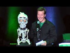 Achmed The Dead Terrorist deals w/ a marriage proposal in Ireland Funny As Hell, Wtf Funny, Jeff Dunham Achmed, Comedy Specials, Full Show, Dirty Dancing, Stand Up Comedy, Marriage Proposals, Having A Bad Day