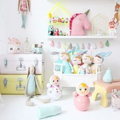 One of our pastel drops that I created especially for @kidsdesignlife though it would definitely be fun to make some more in these colours and glitter mixes in the near future. If you don't follow Sophie already, make sure you head over, she's always styling beautiful things in her lovely home @kidsdesignlife