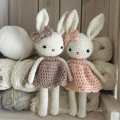 Beautiful amigurumi animal bunny girl with nice dress, hand .- Schöne Amigurumi Tier Hase Mädchen mit schönen Kleid, Hand häkeln Stofftier, perfekte Stoffti… Amigurumi adorables bébés lapins au crochet avec une robe et Crochet Bunny Pattern, Cute Crochet, Hand Crochet, Crochet Tops, Crochet Amigurumi, Amigurumi Doll, Amigurumi Patterns, Bunny Girls, Baby Bunnies