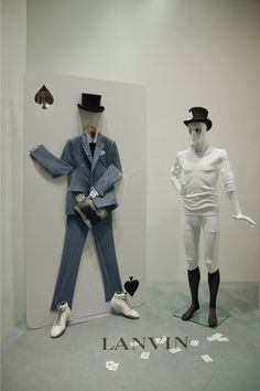 WindowsWear is the exclusive digital destination to discover the worlds fashion windows in real-time