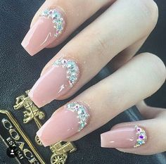 In seek out some nail designs and ideas for the nails? Here is our list of 13 must-try coffin acrylic nails for stylish women. Glam Nails, Fancy Nails, Bling Nails, Nude Nails, Beauty Nails, Acrylic Nails, Coffin Nails, Pink Coffin, Gorgeous Nails