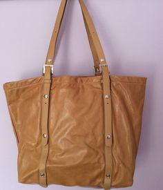 RUSSELL   BROMLEY LIGHT TAN LEATHER SHOULDER BAG - Whispers Dress Agency -  Shoulder Bags - a8e1228cdfeba