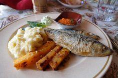 Mmmmm - one of 10 reasons to visit Estonia: thematuretraveller.co.uk Chicken, Travel, Food, Viajes, Essen, Destinations, Meals, Traveling, Trips