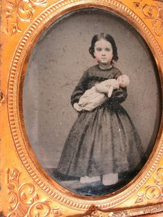 Girl Standing Holding Her Doll - Ambrotype w/ Full Leather Case | eBay Long Curls, Girl Standing, Daguerreotype, Sweet Girls, Leather Case, Hold On, Snow White, Victorian, Dolls