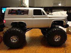 Start of a rc mud truck project. So far it's a Proline Chevy blazer body, 2 27 turn motors, Rc4wd Bulldog winch, Rc4wd mudslinger tired, lift kit, Proline shocks, tough amour bumpers( front and back), King Kong shackles, water proofed electronics and drive, GP lights system and the rest I believe is stock. So to come is roof lights.