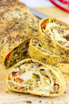 This Spicy Italian Sausage Roll is the perfect appetizer for your next party! Italian Sausage Rolls Recipe, Italian Recipes, Italian Sausage Pizza, Italian Sausages, Italian Dishes, Sausage Bread, Spicy Sausage, Italian Appetizers, Appetizer Recipes