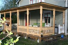 Cottage Porch, Home Porch, Porches, Gazebo Roof, Porch Posts, Roof Structure, Swedish House, Pergola Designs, Diy Pergola