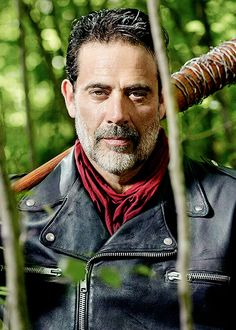 I know I'm supposed to hate the villain but dammit! Jeffrey Dean Morgan #WalkingDead
