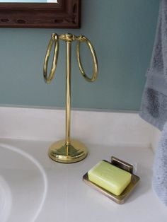 lighting ideas for bathrooms 1000 images about half barh on hgtv 19280