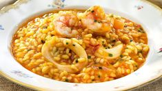 Arroz meloso con calamares y gambas Kitchen Dishes, Rice Dishes, Kitchen Recipes, Couscous, How To Cook Octopus, Spicy Recipes, Healthy Recipes, Quinoa, Tapas