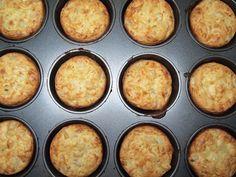 Mini fritattas - from Lunchblocks Frittata Muffins, Original Recipe, Stuffed Peppers, Dishes, Baking, Breakfast, Easy, Desserts, Recipes