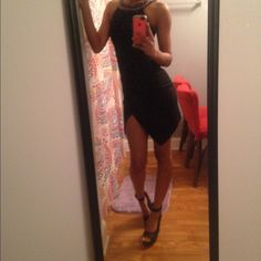 Pretty Very Black Dress With Accent Heck Line
