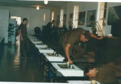 South African Border War - Preparing for Bungelow inspection Basic training. Once we are young Military Life, Military History, West Africa, South Africa, Army Day, Brothers In Arms, Military Training, Defence Force, Troops