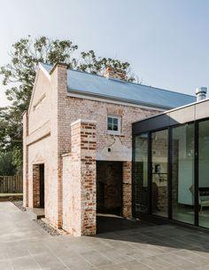 Georgian Architecture, Brick Architecture, Australian Architecture, Architecture Awards, Concept Architecture, Sustainable Architecture, Residential Architecture, Contemporary Architecture, Interior Architecture