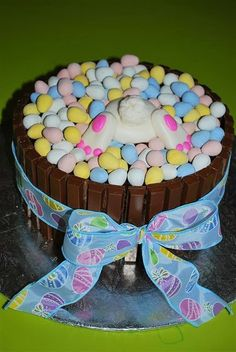 Easter Egg Basket Cake(sugar overload! )