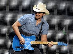 Brad Paisley...man, this guy can play guitar!
