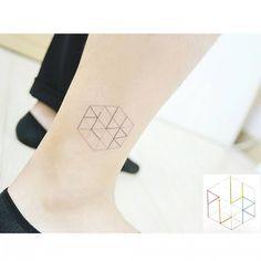 """"""": a graphic character + PLUR . . . 육각형도형 안에 알파벳 기호 #tattooistbanul #tattoo #geometric #geometrictattoo #linetattoo #tattoomagazine #tattoostagram…"""""""