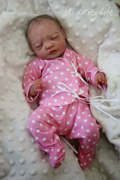 the dainty loft: April 2014 Clay Lucy Kewy REBORN ~ painted by ' the dainty loft '. A baby by KrisC