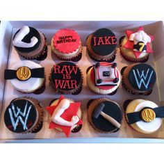 Love these WWE cupcakes