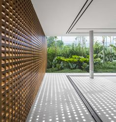 """Sao Paulo-based architecture studio is behind the construction of the paradisiac villa """"Casa Branca"""", which design is inspired by Brazilian mod Tropical Architecture, Contemporary Architecture, Architecture Details, Interior Architecture, Studio Mk27, Luxury Homes Interior, Home Studio, House And Home Magazine, My House"""