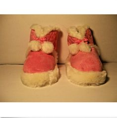 ce1a185a4b49 Girls Pink Slippers High Top Boots Size 2 - 3 Faux Fur Shoes Pom Poms Hearts
