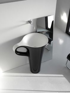 Funny Cup Basin - http://homeypic.com/funny-cup-basin-2/
