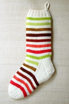 This charming Holiday Stocking pattern was created for The Purl Bee by Mary Lou Risely. (via The Purl Bee) Knitted Christmas Stocking Patterns, Knitted Christmas Stockings, Christmas Knitting, Christmas Diy, Christmas Things, Homemade Christmas, Striped Stockings, Knit Stockings, Knitting Projects