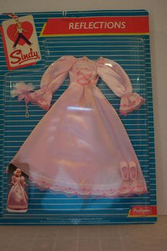 Sindy 1985 Reflections Maid of Honour Sindy Doll, Fur Wrap, Night Outfits, Barbie Clothes, Vintage Dolls, Maid Of Honor, My Children, Childhood Memories, Reflection