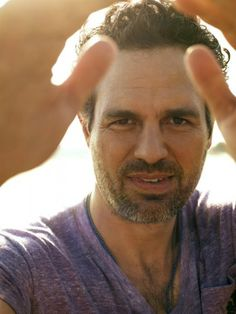 Last viewed - 004 - Mark Ruffalo Photo Archive Mark Ruffalo, Chris Evans, The Avengers, Hollywood, Bruce Banner, Marvel Actors, Attractive People, Older Men, Celebs