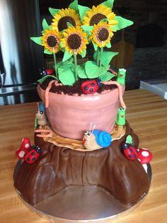 Flower pot on stump