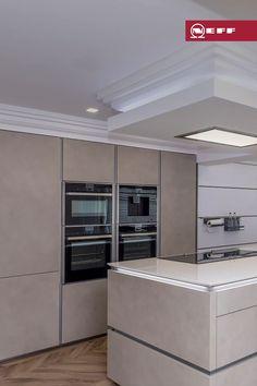 Kitchen Room Design, Kitchen Cabinet Design, Modern Kitchen Design, Interior Design Kitchen, Kitchen Decor, Modern Large Kitchens, Contemporary Kitchen Cabinets, Open Plan Kitchen Dining Living, Cuisines Design