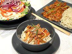 Vita picanta chinezeasca Japchae, Spaghetti, Ethnic Recipes, Food, Eten, Meals, Noodle, Diet